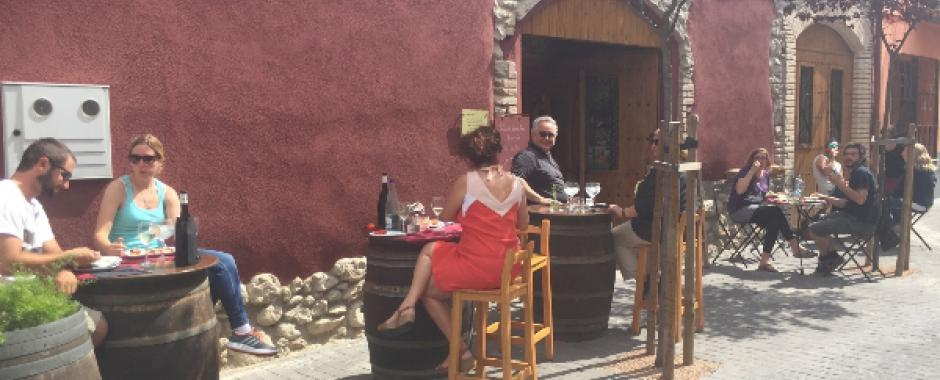 Restaurant km0 in walking distance to Arianella Bed and Breakfast